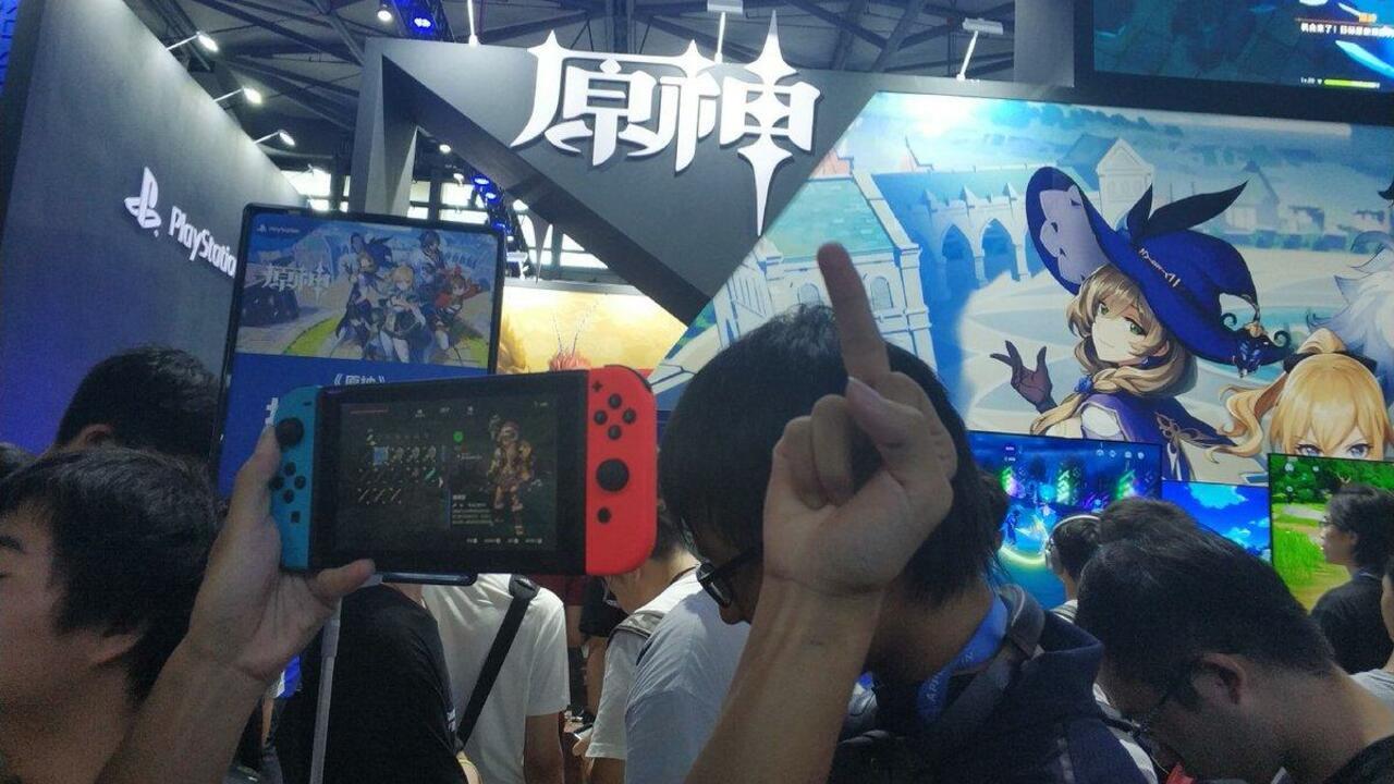 Random: Raging Zelda Fan Smashes PS4 Over Breath of the Wild