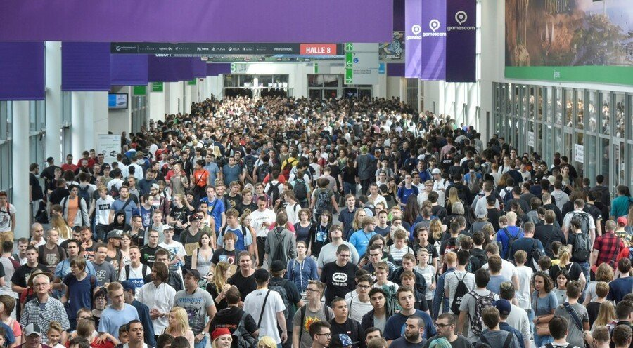 Gamescom 2018 Showfloor
