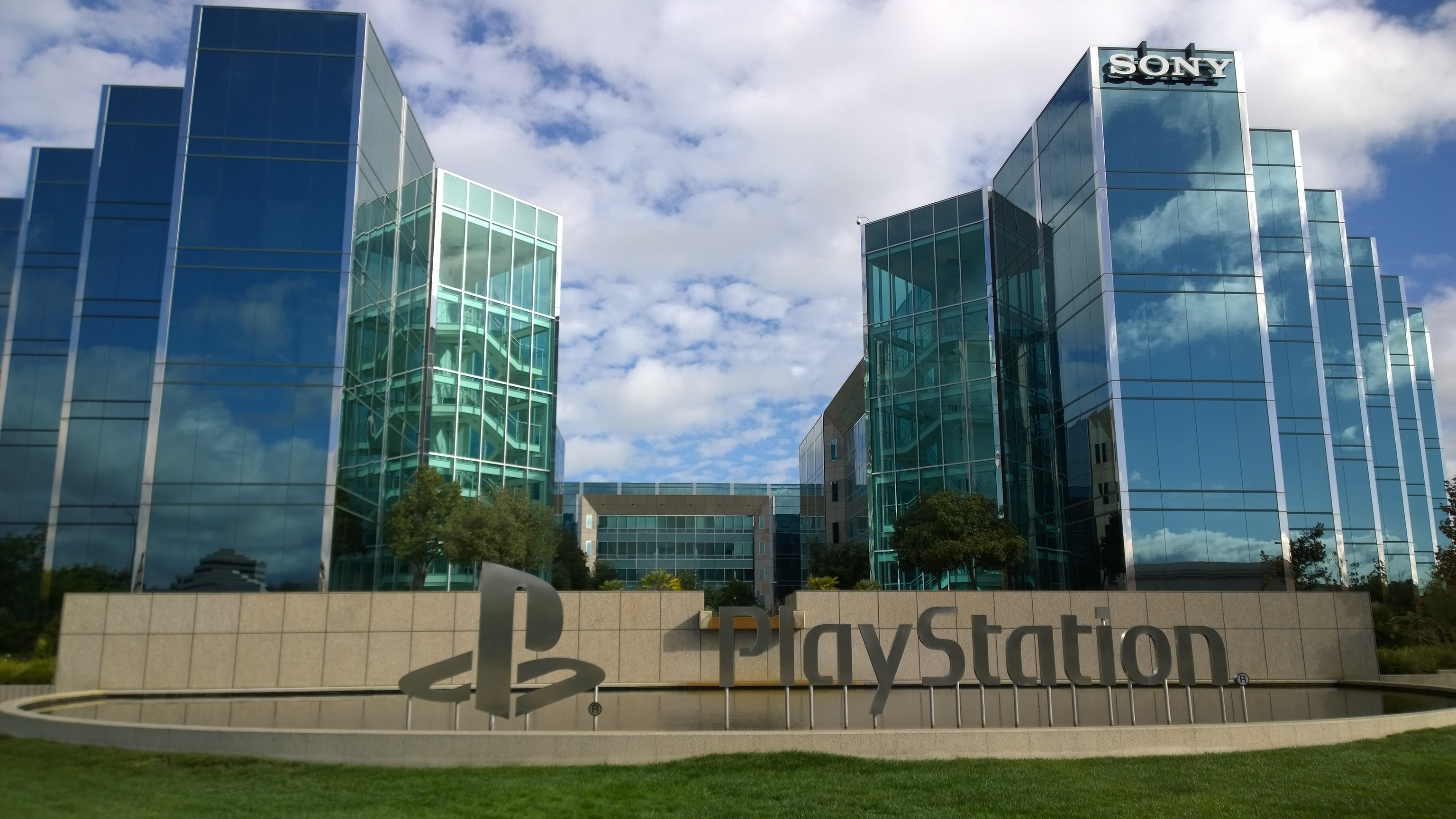 'Dozens' of PlayStation Employees Laid Off in Europe as Sony Continues Company Restructure