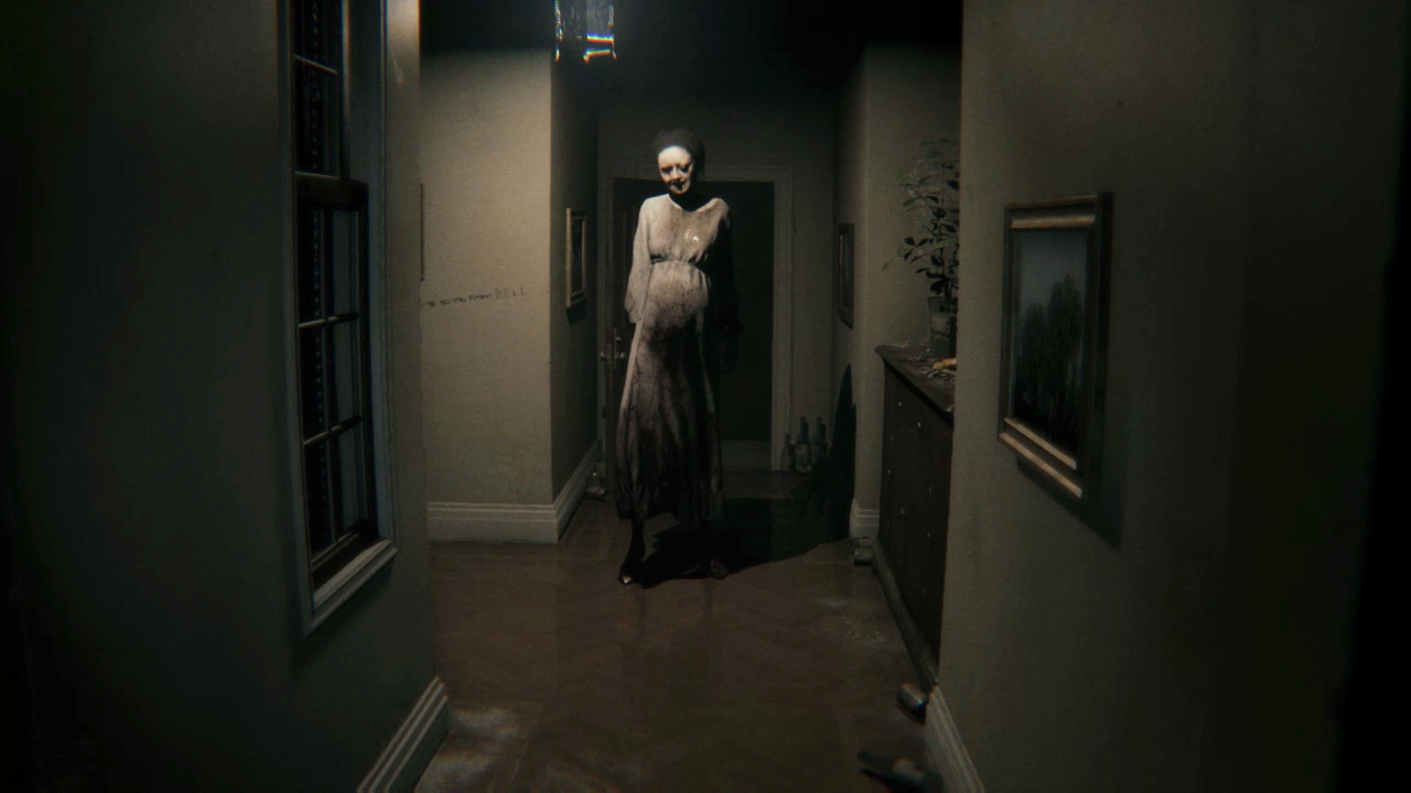 P.T Camera Hack Reveals Lisa Is Always Right Behind You