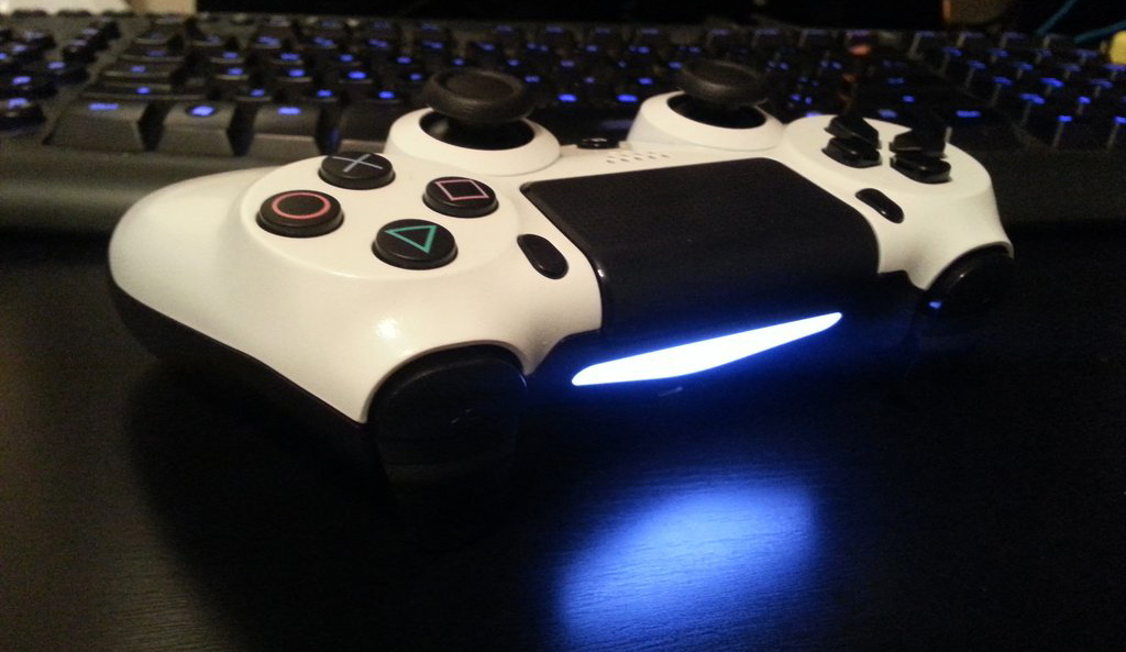 Ps4 White Controller Ps4 Controller is White