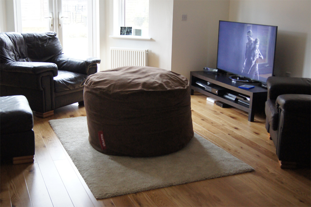furniture review sitting comfortably on a sumo gamer bean bag