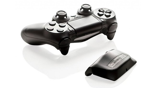 Hardware Review: How to Extend Your PS4 Controller's Battery