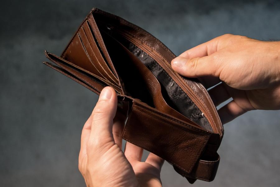 Empty-Wallet.jpg
