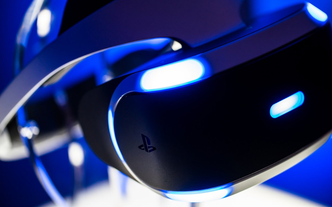 Hardware Review: PSVR Review - Should You Buy PlayStation VR?