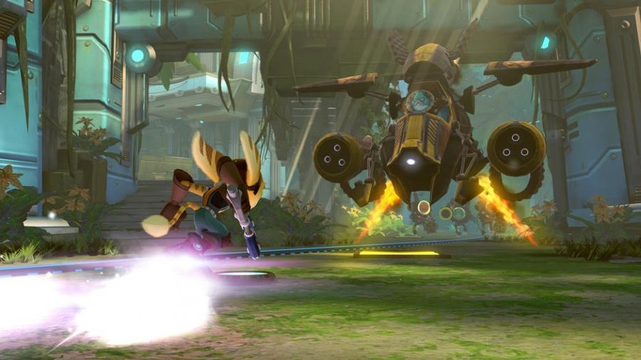 Ratchet & Clank: Full Frontal Assault Review - Screenshot 1 of 7