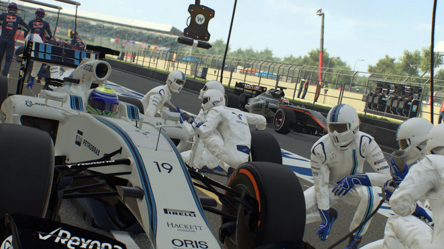 F1 2015 Review - Screenshot 1 of 4