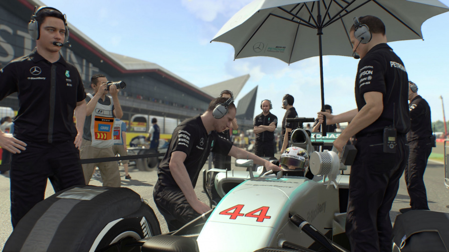F1 2015 Review - Screenshot 4 of 4