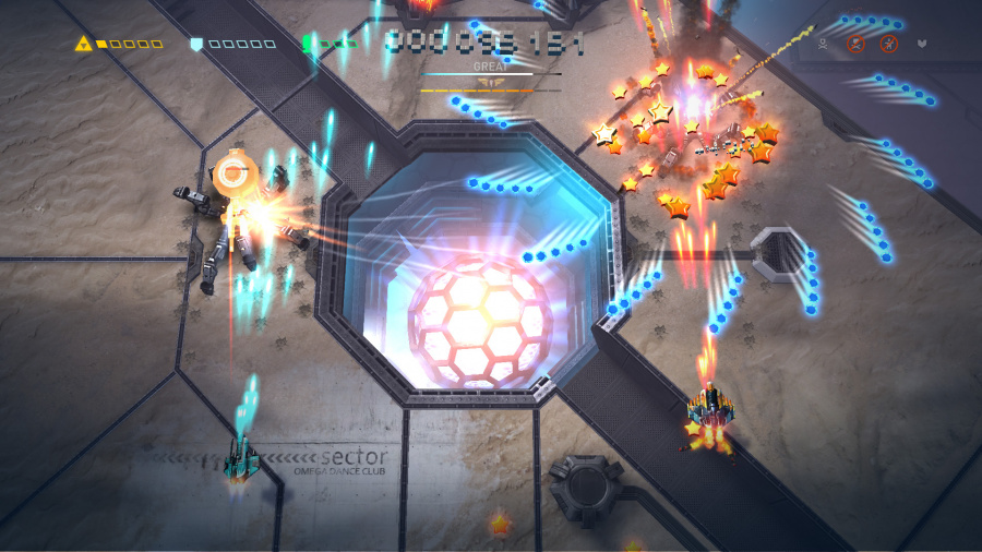 Sky Force Reloaded Review - Screenshot 2 of 3